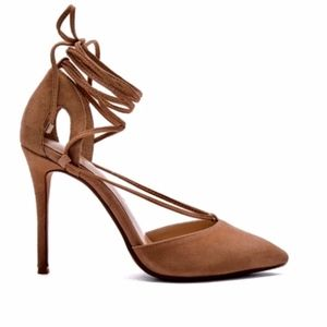 NEW Raye Tamrin High Heel Ankle Wrap Pumps